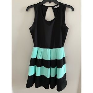 mint green/black formal dress